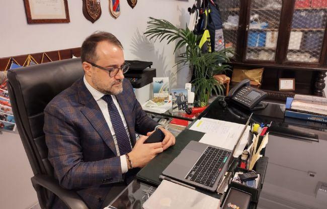 Castellammare - Coronavirus e Natale: «Credo sia giusto che le famiglie si  riuniscano nelle proprie case»   StabiaChannel.it - Libera Informazione